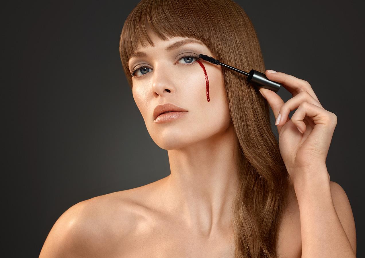 Elise-Dumontet-Corsodyl-mascara-crop
